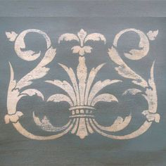 Acanthus Crown Stencil B by Royal Design Studios    Yet another fantastic stencil design with Acanthus leaves!  Brilliant!