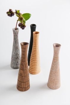 Beautiful hand-turned wooden vases with sonorous names … from the swan …