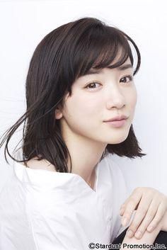 Mei Nagano as Miki