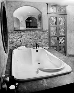 That Offer Moments of Relaxation for Both of You A his-and-her tub for your new bath!A his-and-her tub for your new bath!Bathtubs That Offer Moments of Relaxation for Both of You A his-and-her tub for your new bath!A his-and-her tub for your new bath! Dream Bathrooms, Dream Rooms, Beautiful Bathrooms, Master Bathrooms, Luxury Bathrooms, Master Bedroom, White Bathrooms, Marble Bathrooms, Spa Bathrooms