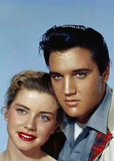 Elvis Presley Hair, Elvis Presley Movies, Elvis Presley Family, Elvis Presley Photos, Golden Age Of Hollywood, Classic Hollywood, Dolores Hart, King Creole, Young Elvis