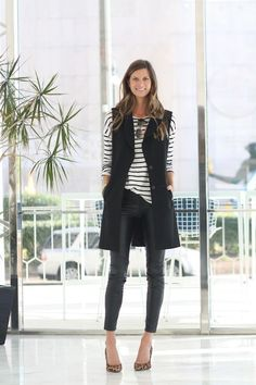 Explore the versatility of blazers with our list of 30 chic blazer outfits! From casual & sporty to elegant & haute couture, you'll find your fave blazer outfit Black Vest Outfit, Leather Pants Outfit, Leather Leggings, Vest Outfits For Women, Casual Outfits, Clothes For Women, Work Outfits, Work Clothes, Fashionable Outfits