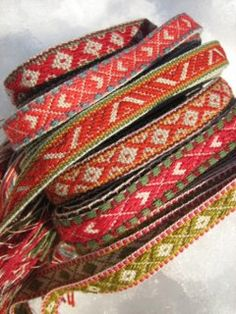 rigid heddle loom backstrap method.  by yarn jungle, via Flickr