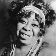 """Ma Rainey, """"The Mother of the Blues,"""" frequently sang about pursuing women, 1917"""