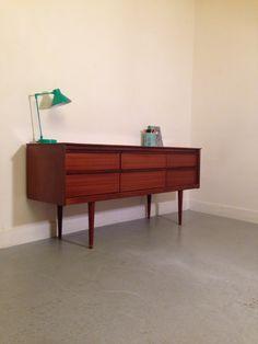 general store paris » petite enfilade à tiroirs vintage / enfilade à tiroirs 1960's style danoise / meuble télévision vintage