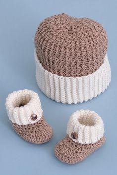 Fresh Crochet Baby Hats Baby Boy Booties and Hat Crochet Pattern Crochet Booties Pattern Crochet Baby Clothes, Crochet Baby Shoes, Crochet For Boys, Crochet Hats, Crocheted Baby Booties, Free Crochet Bootie Patterns, Crochet Beanie, Crochet Baby Blanket Beginner, Baby Knitting