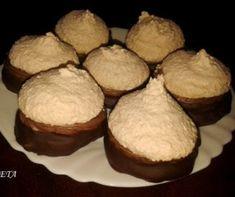 Linzer nélkül nincs karácsony! 20 kipróbált linzer recept az ünnepre   Receptek   Mindmegette.hu Muffin, Breakfast, Food, Morning Coffee, Essen, Muffins, Meals, Cupcakes, Yemek