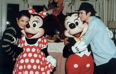 Michael Jackson & Lisa Marie Presley. I Love how Michael is looking at Lisa! I believe their love was real.