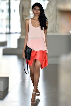 Perret Schaad RTW Spring 2014 [Photo by Getty Images for Mercedes-Benz Fashion Week Berlin] 2014 Fashion Trends, 2016 Trends, Fashion News, I Love Fashion, Passion For Fashion, Fashion Show, Mercedes Benz, Layered Tops, Models
