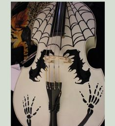 Bat & Spiderweb violin
