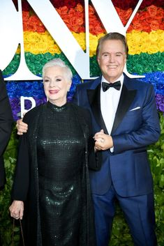 Check out all the fabulous looks of the night! Shirley Jones and Shawn Cassidy. Laura Osnes, Laura Linney, Otis Williams, Jenny Anderson, Joanne Tucker, Janet Mcteer, Kelli O'hara, Christopher Jackson, Samira Wiley