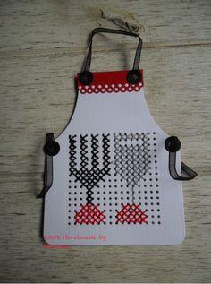Mini Cross Stitch, Cross Stitch Cards, Stitching On Paper, Cross Stitching, Embroidery Cards, Paper Crafts, Diy Crafts, Crochet Cross, Marianne Design
