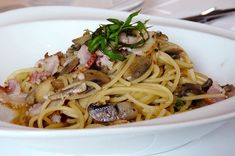 A quick and easy dinner, spaghetti carbonara is full of more-ish garlic and bacon flavour and is sure to satisfy. Minus any cream, eggs keep it moist. Dinner With Mushrooms, Sushi Ingredients, Pasta Recipes, Dinner Recipes, Chicken Bacon Pasta, Mediterranean Pasta, Italian Dishes, Dinner Menu, No Cook Meals