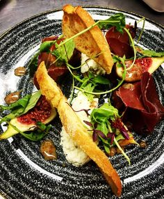 Discover tips and facts on fine Italian Cuisine and Italian wine. Irish Recipes, Wine Recipes, Italian Recipes, Italian Wine, Goat Cheese, Fig, Honey, Dressing, Mexican