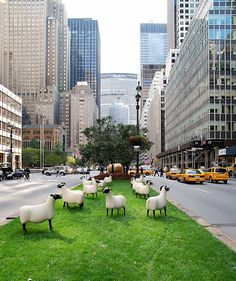 Such a lovely surprise! 'Sheep' by French artist & designer François-Xavier Lalanne on Park Avenue, by the New York city parks public arts programme in conjunction with Paul Kasmin Gallery. via Animalarium Tactical Urbanism, Potpourri, Installation Street Art, Art Installations, Francois Xavier, Urban Intervention, Outdoor Art, City Art, Land Art