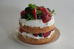 Old-Fashioned Berry Layer Cake