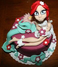 flora  Cake by mimmacakeart