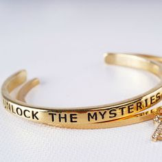 Unlock The Mysteries of Love! This bracelet is adorable!