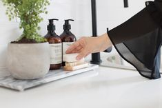 How to style your laundry. Stylish soaps in laundry, laundry style, laundry inspiration, laundry decor, laundry decorating ideas Laundry Decor, Small Laundry Rooms, Bathroom Spa, Home Reno, Amber Glass, Bathroom Styling, Interior Styling, New Homes, Soap