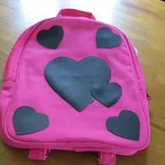 Creative-gift-giver: Quick and simple heart-themed gift #1: Backpack embellished with chalkboard fabric hearts