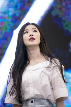 Shuhua (credits to owner) Kpop Girl Groups, Korean Girl Groups, Kpop Girls, Cube Entertainment, Soyeon, Minnie, Neverland, Short Girls, Youngjae