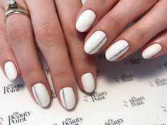 #marbella #marbellalife #manicure #marbellanails #marbellamanicure #whitenails . . . . . . . #thebeautyp0int #instanails #naildesing…