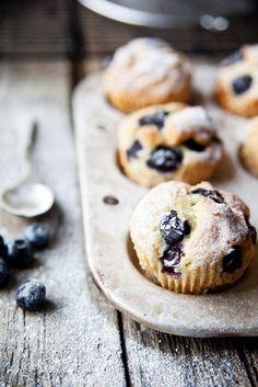 Blueberry-Muffins   Zeit: 30 Min.   http://eatsmarter.de/rezepte/blueberry-muffins-1
