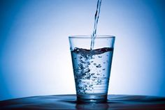 'Drink when thirsty' to avoid fatal drops in blood sodium levels during exercise - http://scienceblog.com/79050/drink-thirsty-avoid-fatal-drops-blood-sodium-levels-exercise/