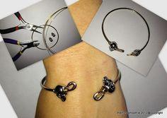 Diy bracelet with skulls...super cool! @hmusa