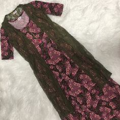 In love with this outfit of the day!!!! A gorgeous Lularoe Ana maxi dress in a stunning floral paired with a stunning Lularoe Joy longline vest. This outfit available in my VIP group. In  #lularoetiffaniwoodlief #lularoeana #lularoejoy