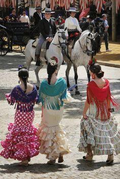Feria de Abril (Sevilla), by @efe_estilo