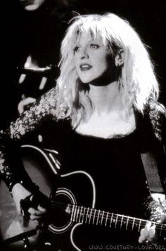 Courtney Love, MTV Unplugged 1995