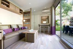 Interieur de Mobil-Home au Camping La Sirène à Argelès. Camping 5 étoiles..
