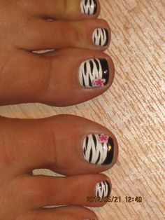 Pretty pedicure: White Polish zebra print with Black French tips and a Pink flower Decal. Get Nails, Fancy Nails, Pretty Nails, Love Nails, Hair And Nails, Pretty Toes, Manicure Y Pedicure, Pedicure Ideas, Nail Tutorials