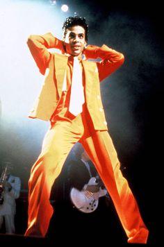 Le chanteur Prince en concert au Royaume-Uni, en août 1986.