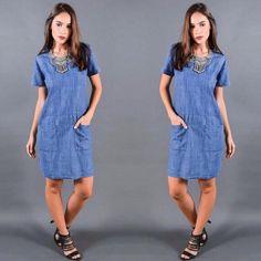 Já escolhemos o look de hoje!  E vocês?  #vestido #jeans #lovers [tam.: P, M, G] #temqueter #sabado  Disponível loja física.  Entregamos para todo o Brasil ✈️