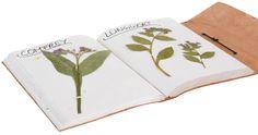 Hol Dir den Zauber Indiens zu Dir nach Hause mit diesem Buch! Der außergewöhnliche Umschlag von 'Nele'  aus naturgegerbtem Rindsleder weiß mit seinem orientalischen Muster und dem Elefantenmotiv zu überzeugen - Notizbuch - Fotoalbum - Tagebuch - Gusti Leder - P26