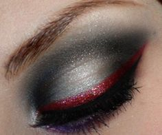Reminds me of True Blood…beautiful vampire inspired look!