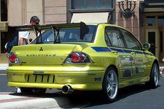 """Der hat Tradition, der war schon immer geil: Mitsubishi Lancer. In """"2F2F"""" tritt der Rallye-Sportwagen als Evo VII auf."""