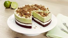 Matcha-kokosovo-limetkový dort sKinder Mléčný řez