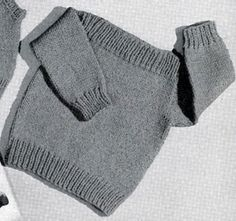 Speed-Knit Pullover knitting pattern from Lacey's Speed Knits for Tiny Tots, ori. Speed-Knit Pullover knitting pattern from Lacey's Speed Knits for Tiny Tots, originally published by T. Baby Knitting Patterns, Knitting For Kids, Free Knitting, Knit Baby Sweaters, Knitted Baby Clothes, Knitting Pullover, Knit Cardigan Pattern, Girls Jumpers, Vintage Knitting