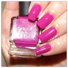 Deborah Lippmann - swatch of between the sheets