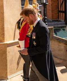 Prince Philip funeral: Queen wipes away a tear as she follows coffin to St George's Chapel Harry And Meghan News, Prince Harry And Megan, Prince Henry, Royal Prince, Prince And Princess, Princess Diana, Windsor, Funeral, Prinz Phillip