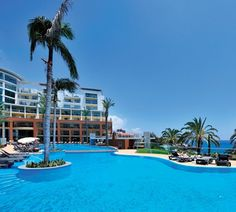 Pestana Promenade Hotel in Funchal Madeira, a 4 star hotel near the Lido on the ocean front