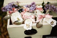 Unique wedding favors #vintage #tea #spoon #flowers