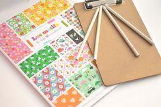 Fifi Mandirac pattern paper