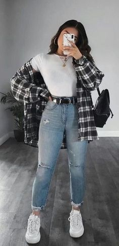 Trendy Fall Outfits, Retro Outfits, Cute Casual Outfits, Stylish Outfits, Cute Flannel Outfits, Edgy School Outfits, Simple Outfits, Everyday Outfits, Summer Tomboy Outfits