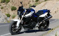 2014 EICMA: 2015 BMW F800R Preview The BMW F800R gets new wardrobe and more power http://www.motorcycle.com/manufacturer/bmw/2014-eicma-2015-bmw-f800r-preview.html …
