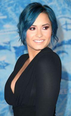Demi Lovato's blue hair rocks our socks off