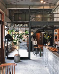 The Industrial Loft is the ideal type of housing for seeking practicality and style. Coffee Shop Interior Design, Industrial Interior Design, Coffee Shop Design, Restaurant Interior Design, Industrial Interiors, Industrial Restaurant Design, Brewery Interior, Interior Shop, Industrial Coffee Shop